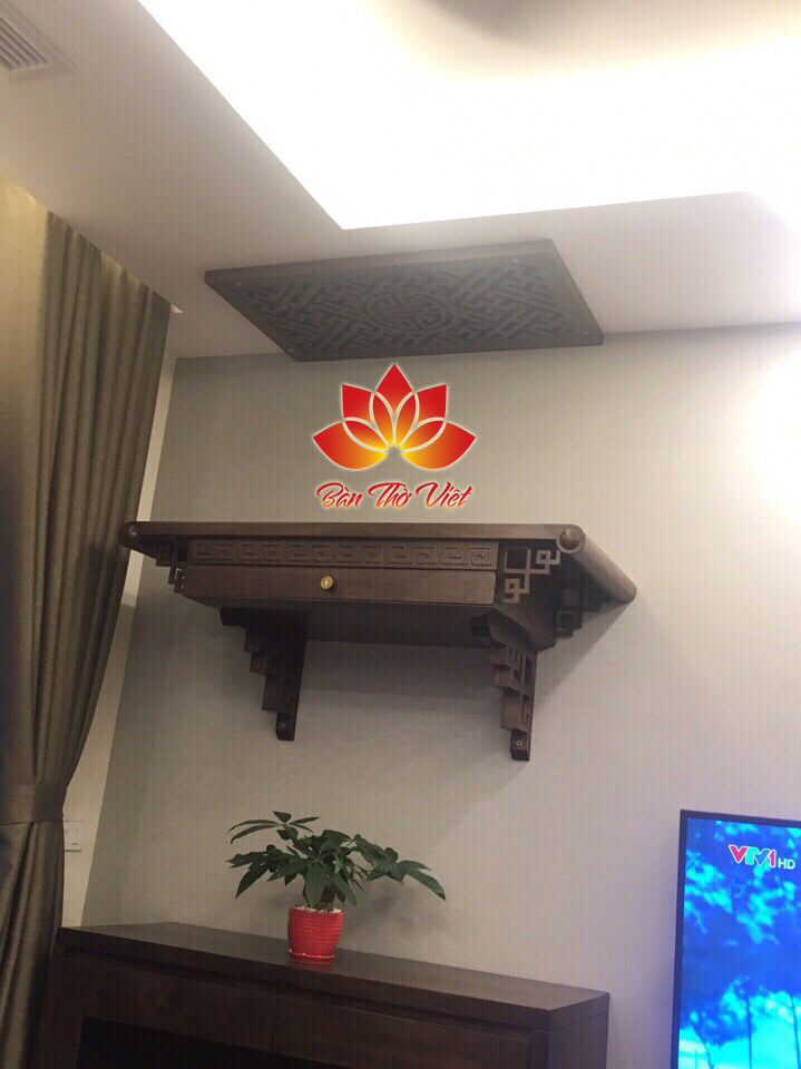 Bàn thờ treo tường giá rẻ Hà Nội đi kèm với nhiều chương trình khuyến mại và chính sách bảo hành sát sao